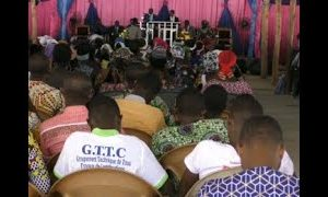 Séance de Jeûne et prière organisée par le bureau national du MJPE